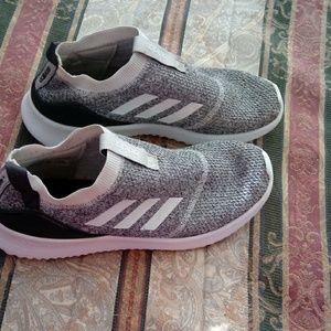 Shoes - Addias